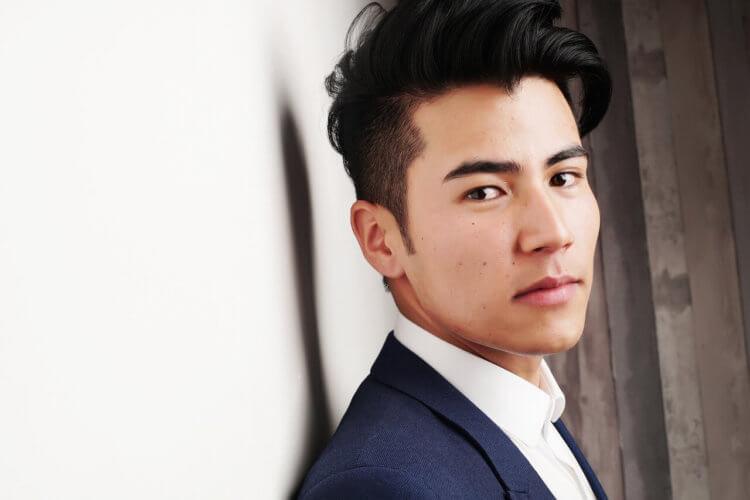 就活証明写真で男子の髪型を決めるワックスとは?方法とアイテムをご紹介2