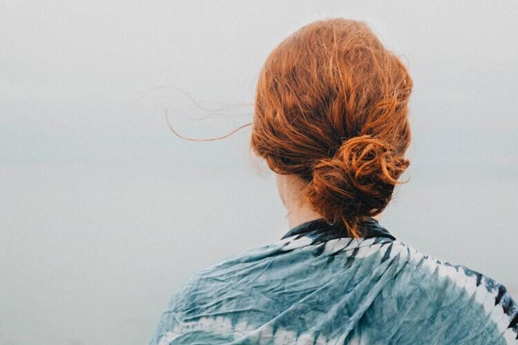 女子の就活写真にはお団子ヘアが向いている?セット方法や注意点をプロが解説2
