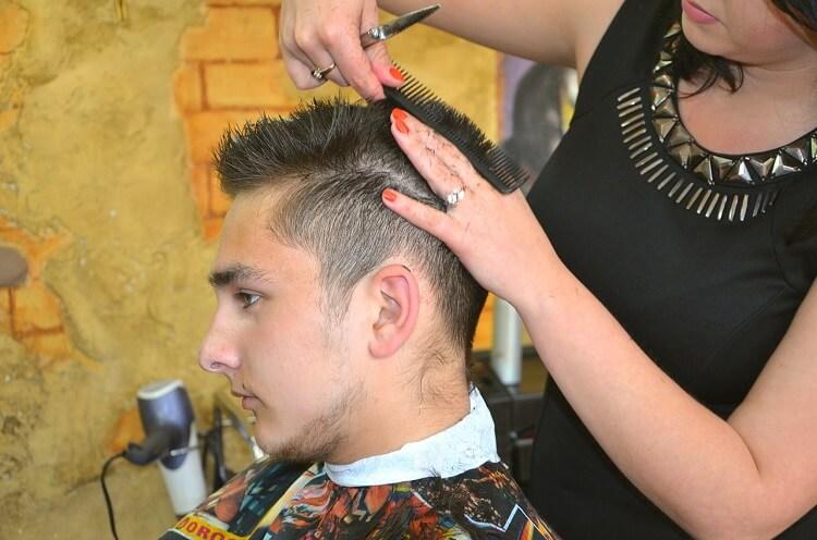 就活に適した髪型を美容院で頼む時何て伝えれば良い?男女別に解説!2