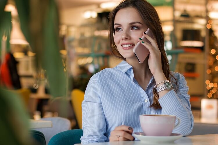 女性商社一般職志望の戦略的な就活写真の撮り方をプロが解説2