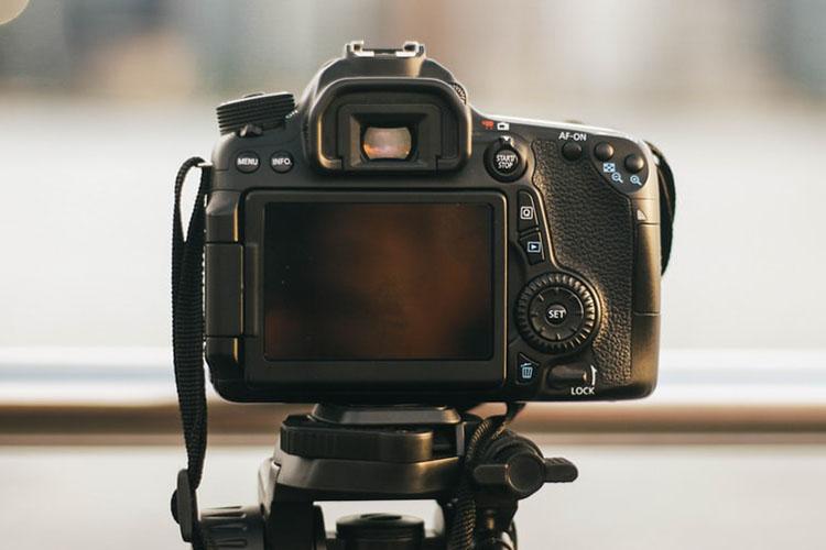 就活証明写真を撮影する時の撮り方の注意点や身だしなみを解説4