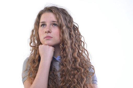 女子のパーマは就活の証明写真で印象を悪くする?プロが詳しく解説3