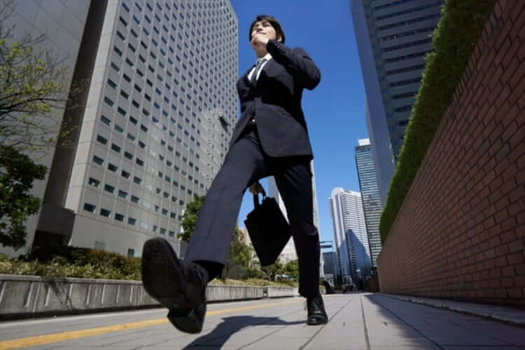 IT志望の就活生のために戦略的な就活証明写真の服装や撮り方をプロが紹介11