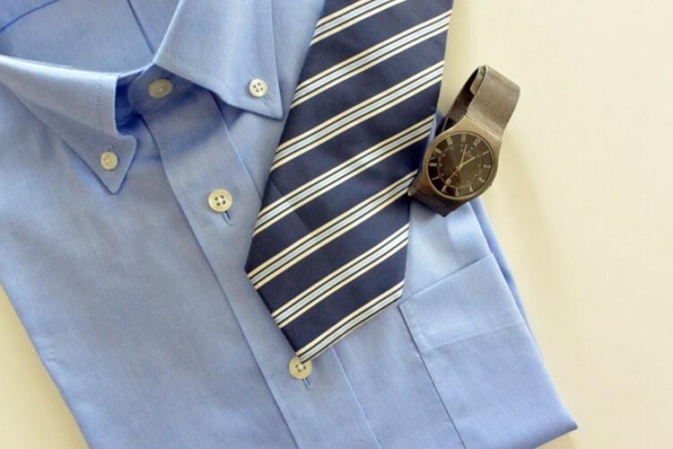 就活でボタンダウンシャツを着た証明写真は提出NG!プロが徹底解説