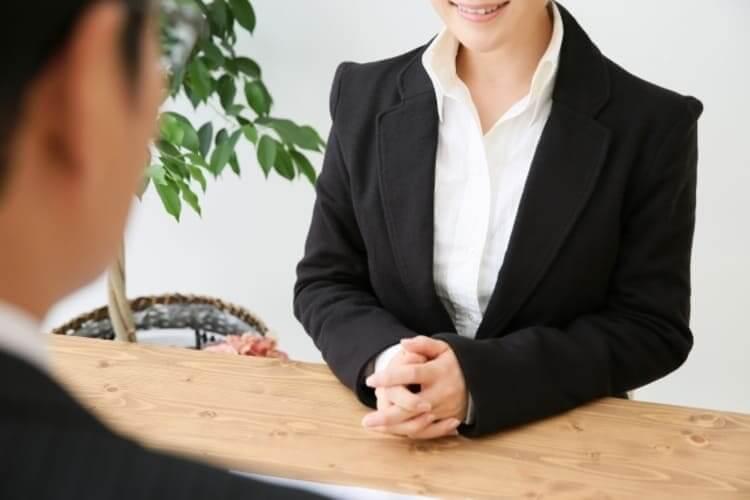 IT志望の就活生のために戦略的な就活証明写真の服装や撮り方をプロが紹介13