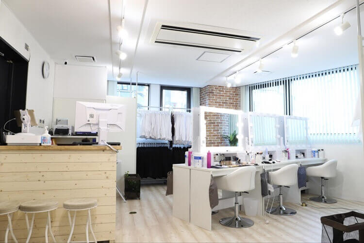 名古屋に新規オープン!注目の就活写真を撮れるお店「スタジオインディ」を紹介します1