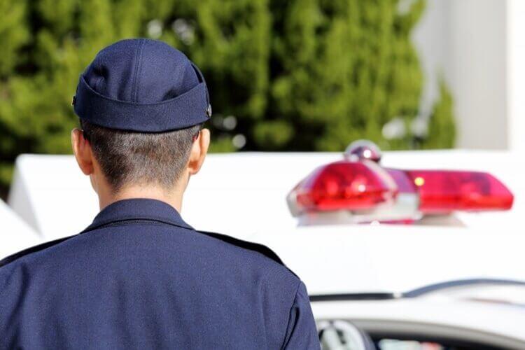 警察志望の戦略的な就活証明写真の撮り方をプロカメラマンが徹底解説