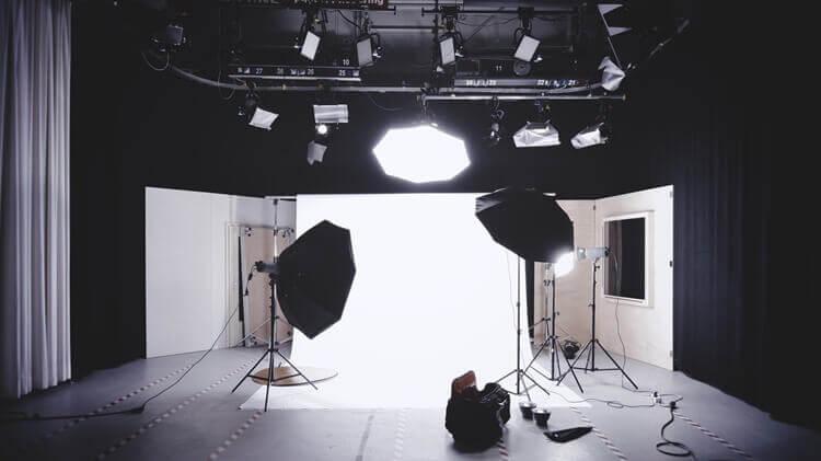【男性編】就活写真を撮る時の服装注意点まとめ!プロのアパレルカメラマン解説!3