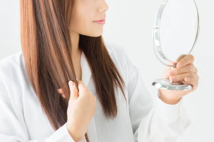 女性こそ就活写真にはスプレーでヘアセットするべき!プロが使い方を解説2